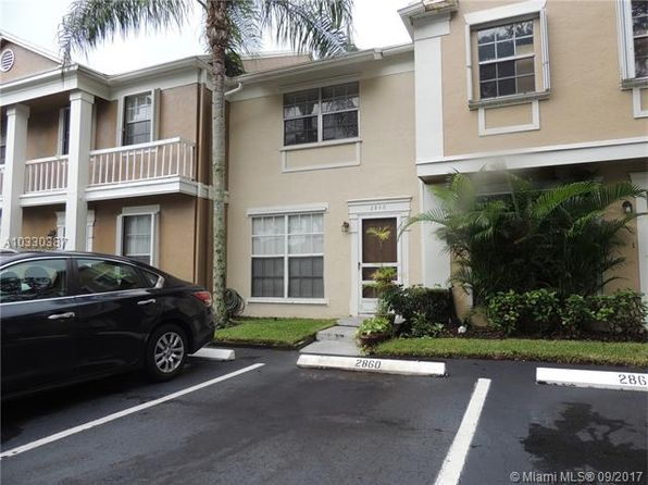 2 bed 3 bath Townhouse at 2860 Cambridge Ln Hollywood, FL, 33026 is for sale at 235k - 1 of 32