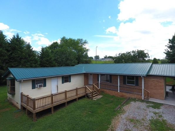 4 bed 2 bath Single Family at 480 Bank St Tellico Plains, TN, 37385 is for sale at 135k - 1 of 31