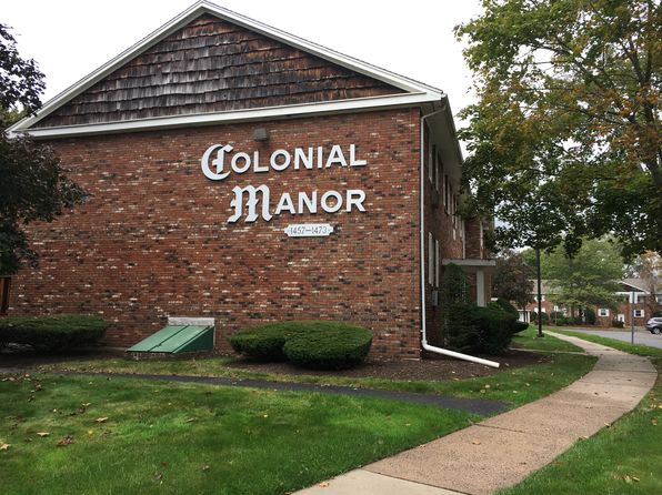2 bed 1 bath Condo at 1465 Willard Ave Newington, CT, 06111 is for sale at 99k - 1 of 13