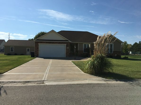3 bed 2 bath Single Family at 1015 Cumberland St Burlington, KS, 66839 is for sale at 247k - 1 of 18