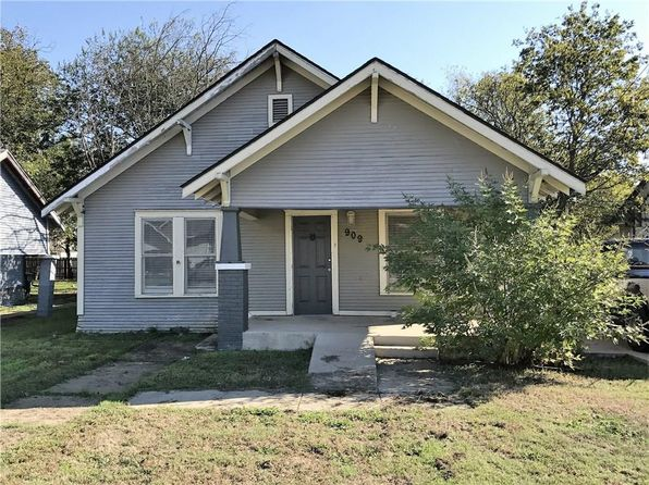2 bed 1 bath Single Family at 909 W Wardville St Cleburne, TX, 76033 is for sale at 54k - 1 of 10