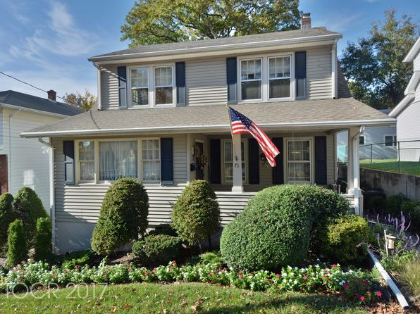 3 bed 3 bath Single Family at 75 N 16th St Prospect Park, NJ, 07508 is for sale at 300k - 1 of 25