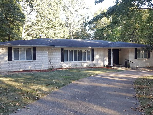 5 bed 4 bath Single Family at 1502 Lurlyn Dr Poplar Bluff, MO, 63901 is for sale at 167k - 1 of 7