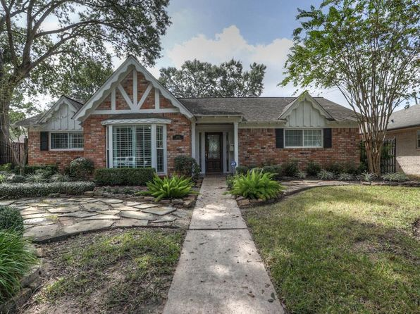 3 bed 2 bath Single Family at 1023 Curtin St Houston, TX, 77018 is for sale at 460k - 1 of 32
