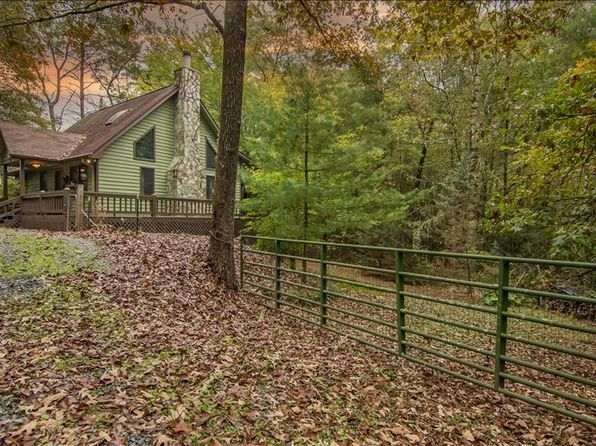 2 bed 2 bath Single Family at 144 Deer Trl Mineral Bluff, GA, 30559 is for sale at 203k - 1 of 20