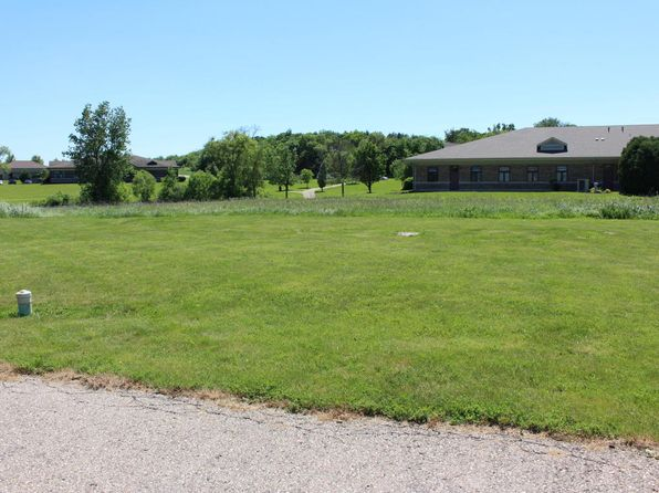 null bed null bath Vacant Land at LT1 Geneva Pkwy Lake Geneva, WI, 53147 is for sale at 60k - 1 of 2