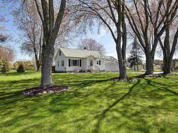 2 bed 1 bath Single Family at 13068 Velp Ave Suamico, WI, 54313 is for sale at 125k - 1 of 12