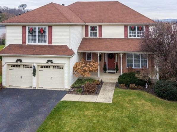 4 bed 3 bath Single Family at 74 Buckley Hill Dr Phillipsburg, NJ, 08865 is for sale at 325k - 1 of 25