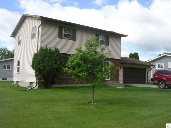 3 bed 3.25 bath Single Family at 8368 Balsam Dr Mountain Iron, MN, 55768 is for sale at 160k - 1 of 11