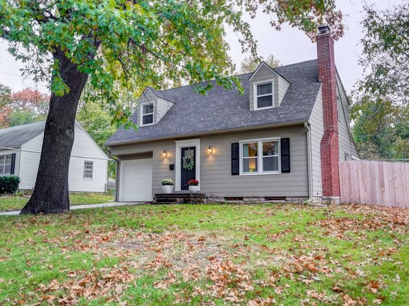 3 bed 2 bath Single Family at 5715 Ash Dr Roeland Park, KS, 66205 is for sale at 225k - 1 of 21