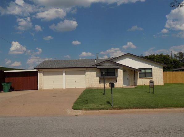 3 bed 2 bath Single Family at 1307 Emma Dr Iowa Park, TX, 76367 is for sale at 88k - 1 of 30