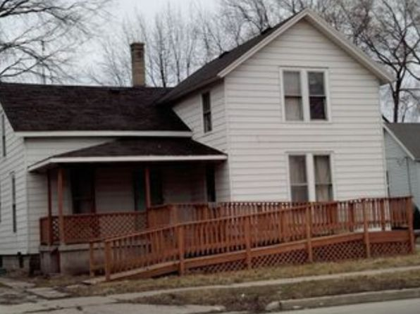 4 bed 1 bath Single Family at 1007 Garfield Ave Bay City, MI, 48708 is for sale at 35k - 1 of 3