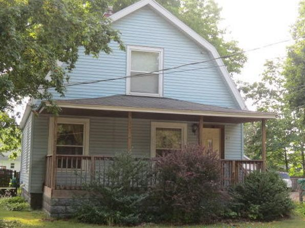 2 bed 1 bath Single Family at 407 McOmber St Dowagiac, MI, 49047 is for sale at 62k - 1 of 19