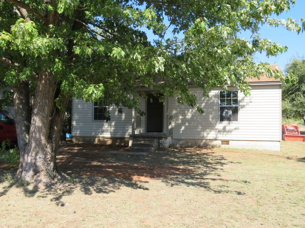 2 bed 1 bath Single Family at 10709 NE 10th St Midwest City, OK, 73130 is for sale at 53k - 1 of 12