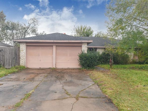 3 bed 2 bath Single Family at 615 Huntington Ln Friendswood, TX, 77546 is for sale at 132k - 1 of 6