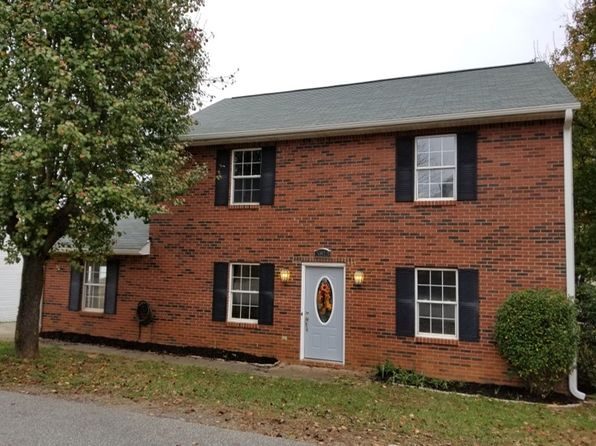 4 bed 2 bath Single Family at 5813 Sir Knight Cir Clemmons, NC, 27012 is for sale at 135k - 1 of 19