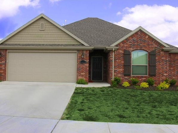 3 bed 2 bath Single Family at 402 W Gillian Ave Rogers, AR, 72758 is for sale at 177k - 1 of 12