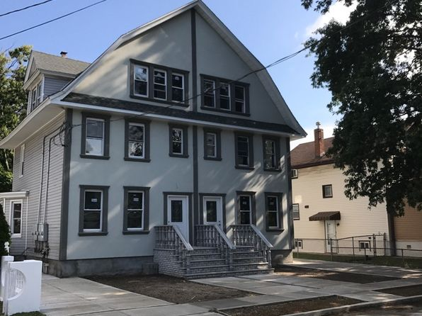 6 bed 3 bath Single Family at 85 Gold St Valley Stream, NY, 11580 is for sale at 650k - google static map