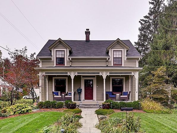 3 bed 3 bath Single Family at 550 W Oak St Zionsville, IN, 46077 is for sale at 463k - 1 of 26