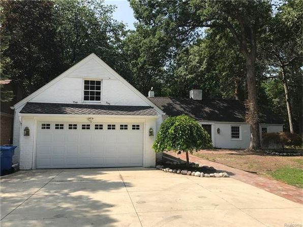 3 bed 3 bath Single Family at 605 N Gulley Rd Dearborn Heights, MI, 48127 is for sale at 599k - 1 of 12