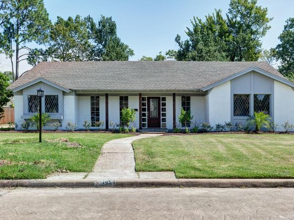 4 bed 3 bath Single Family at 1454 Davon Ln Houston, TX, 77058 is for sale at 360k - 1 of 26
