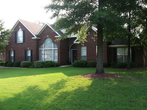 5 bed 2 bath Single Family at 50 Live Oaks Dr Millbrook, AL, 36054 is for sale at 285k - 1 of 16