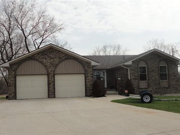 3 bed 4 bath Single Family at 4260 KELLY CT FLUSHING, MI, 48433 is for sale at 167k - 1 of 43