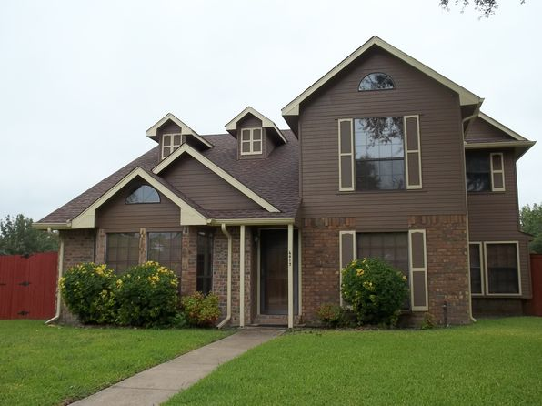 3 bed 3 bath Single Family at 6017 Ozark Trail Ln Garland, TX, 75043 is for sale at 240k - 1 of 9