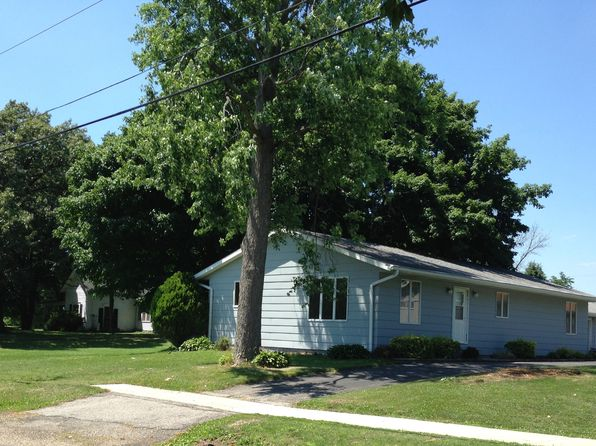 3 bed 2 bath Single Family at 603 E Jefferson St Toulon, IL, 61483 is for sale at 90k - 1 of 23