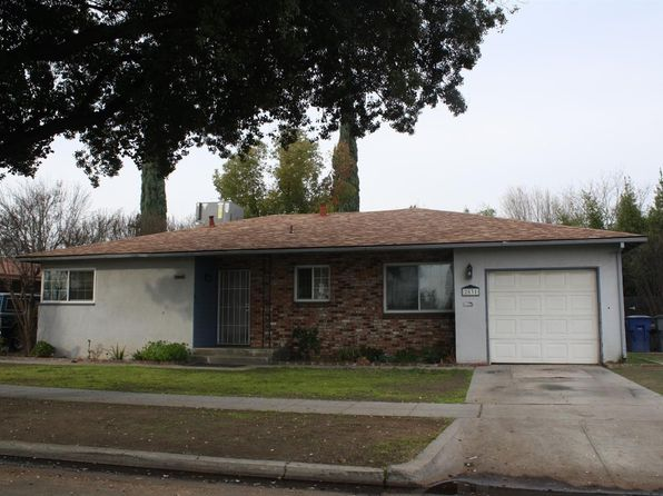 3 bed 1.75 bath Single Family at 2831 E Shields Ave Fresno, CA, 93726 is for sale at 165k - 1 of 2