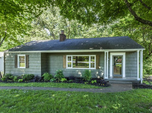 4 bed 2 bath Single Family at 906 Forest Heights Rd Knoxville, TN, 37919 is for sale at 285k - 1 of 37