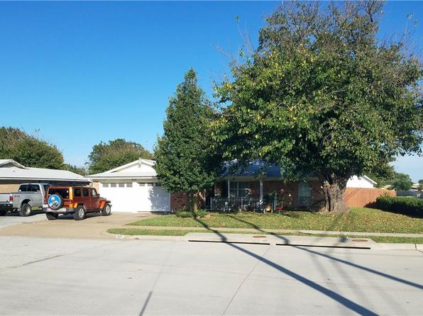 3 bed 2 bath Single Family at 825 Opal St Saginaw, TX, 76179 is for sale at 163k - 1 of 33