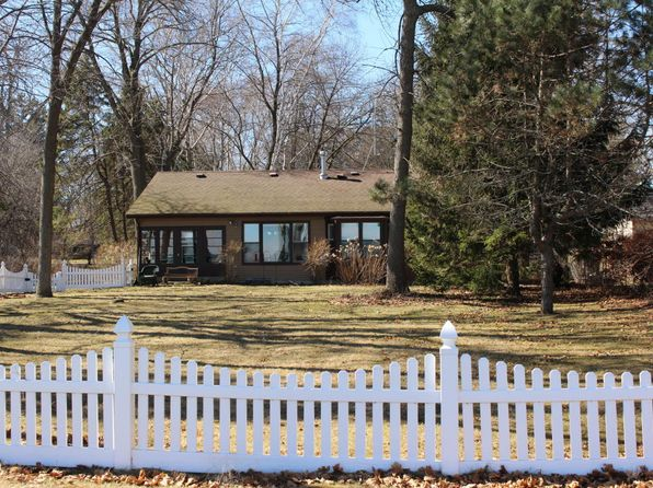 3 bed 2 bath Single Family at 4415 Shorehaven Ln Mount Pleasant, WI, 53403 is for sale at 350k - 1 of 19