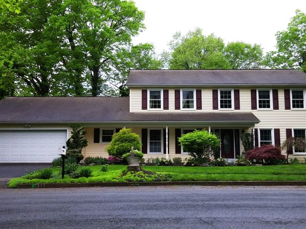 4 bed 5 bath Single Family at 470 Woodcrest Dr Mechanicsburg, PA, 17050 is for sale at 449k - 1 of 23