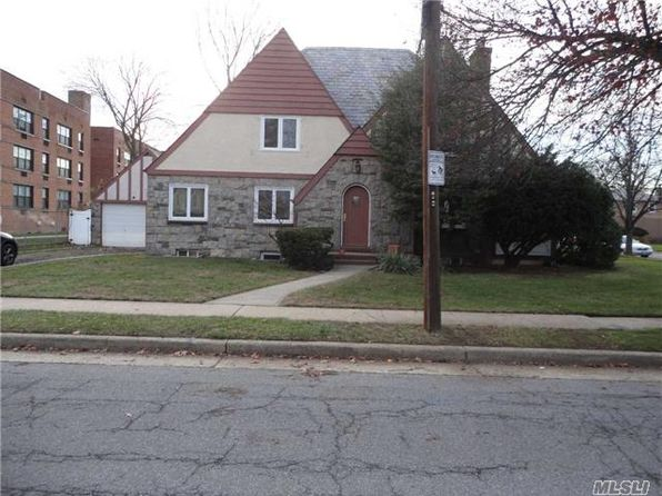 4 bed 3 bath Single Family at 33 Manor Ave Hempstead, NY, 11550 is for sale at 390k - 1 of 20
