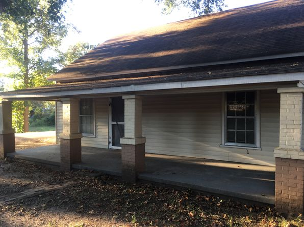 2 bed 1 bath Single Family at 108 Railroad St Easley, SC, 29640 is for sale at 28k - 1 of 9