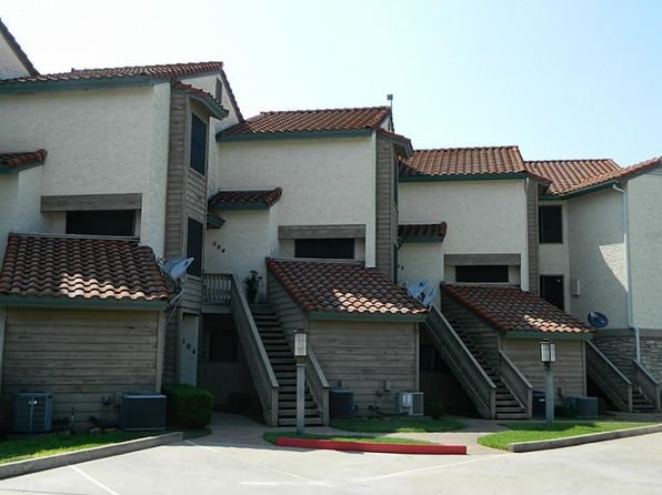 2 bed 1 bath Townhouse at 509 Short Circuit Horseshoe Bay, TX, 78657 is for sale at 270k - 1 of 22
