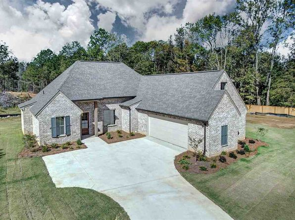 4 bed 3 bath Single Family at 57 Creekside Cv Clinton, MS, 39056 is for sale at 315k - 1 of 32
