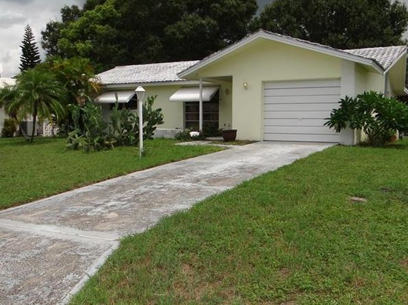 2 bed 2 bath Single Family at 2572 Bramblewood Dr W Clearwater, FL, 33763 is for sale at 205k - 1 of 16
