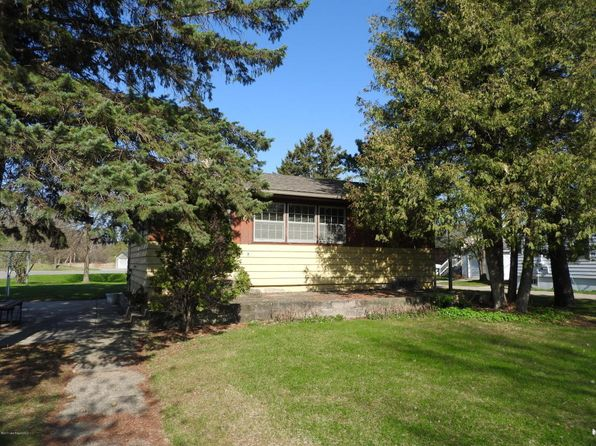 2 bed 2 bath Single Family at 707 Lake Shore Dr Battle Lake, MN, 56515 is for sale at 200k - 1 of 18