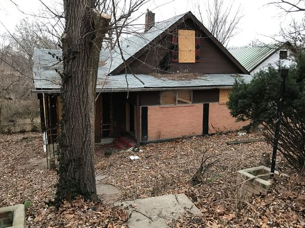 4 bed 2 bath Single Family at 119 S Harvey Ave Ferguson, MO, 63135 is for sale at 5k - 1 of 7