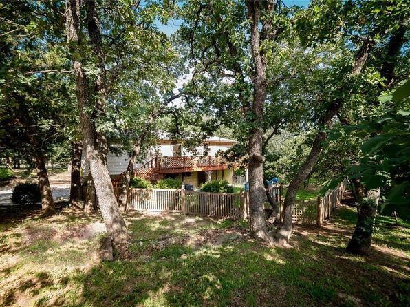 3 bed 1 bath Single Family at 3403 Red Bird Ln Grapevine, TX, 76051 is for sale at 265k - 1 of 31