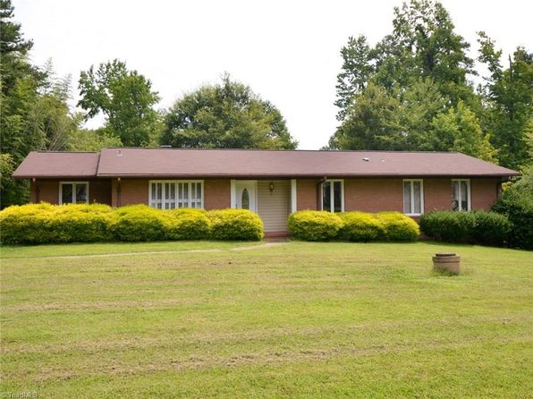 3 bed 2 bath Single Family at 4321 Kimmeridge Rd Greensboro, NC, 27406 is for sale at 150k - 1 of 21