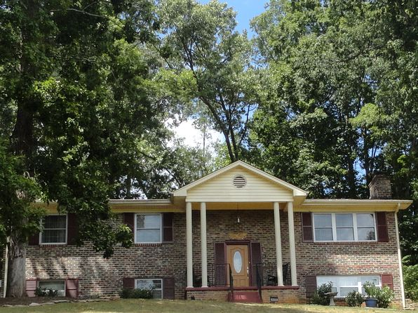 4 bed 3 bath Single Family at 1032 Buckskin Trl Knoxville, TN, 37920 is for sale at 230k - 1 of 28