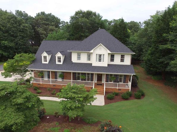4 bed 3 bath Single Family at 196 Woodridge Dr Spartanburg, SC, 29301 is for sale at 310k - 1 of 25