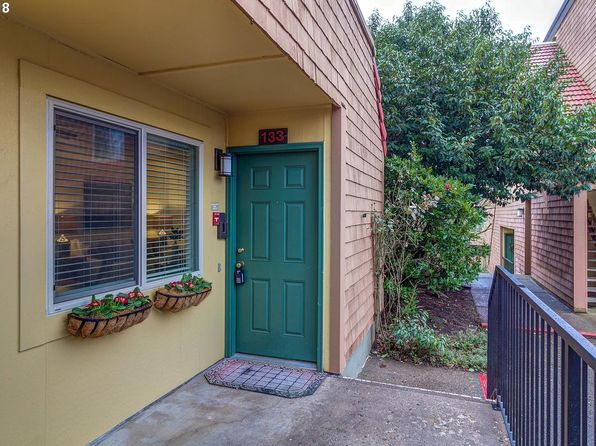 1 bed 1 bath Condo at 133 Oswego Smt Lake Oswego, OR, 97035 is for sale at 200k - 1 of 20
