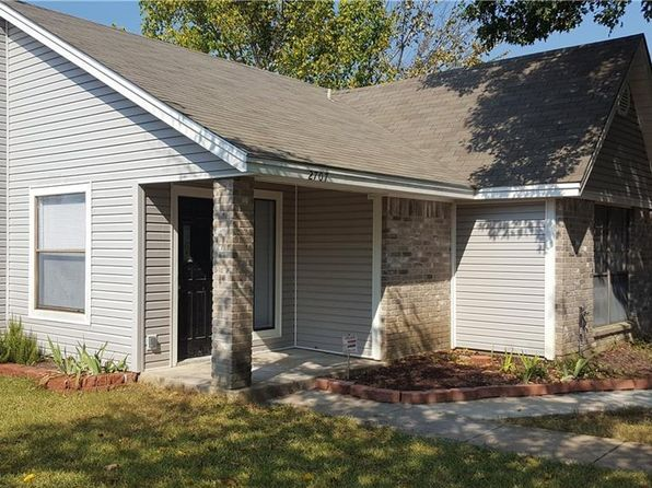 2 bed 1 bath Single Family at 2707 Lexington St Seagoville, TX, 75159 is for sale at 115k - 1 of 6