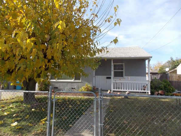 3 bed 1 bath Single Family at 2110 Covillaud St Marysville, CA, 95901 is for sale at 150k - google static map