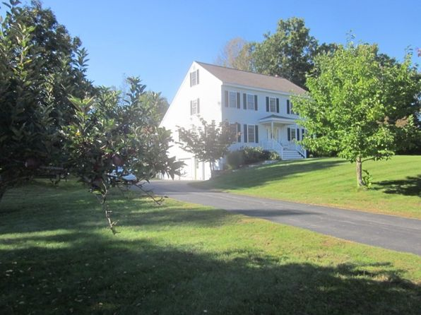 3 bed 3 bath Single Family at 1 Meadowwood Rd Kingston, NH, 03848 is for sale at 450k - 1 of 34