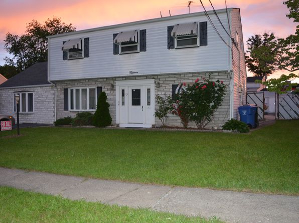 3 bed 2 bath Single Family at 15 Mark Pl Avenel, NJ, 07001 is for sale at 349k - 1 of 44